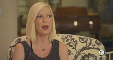 Tori Spelling Meets Ex Husband, Has Another Breakdown on Camera – Video